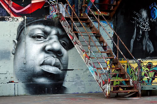 Portrait of Notorious B.I.G. on a street mural