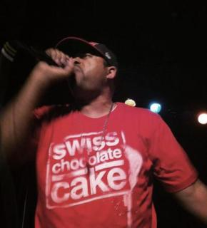 "Uncomun Hosts Mr. Complex ""Swiss Chocolate Cake"" Album Release Party"